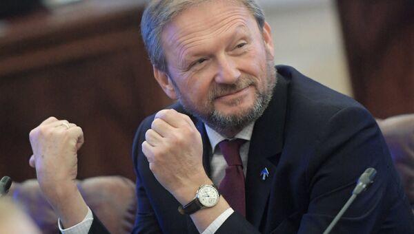 Кандидат в президенты РФ от Партии роста Борис Титов после регистрации в Центральной избирательной комиссии РФ