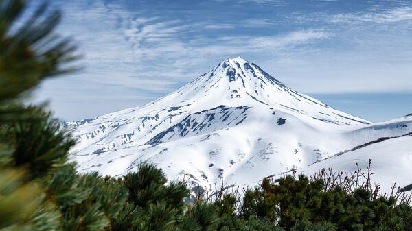 Вулкан Вилючинская Сопка на Камчатке