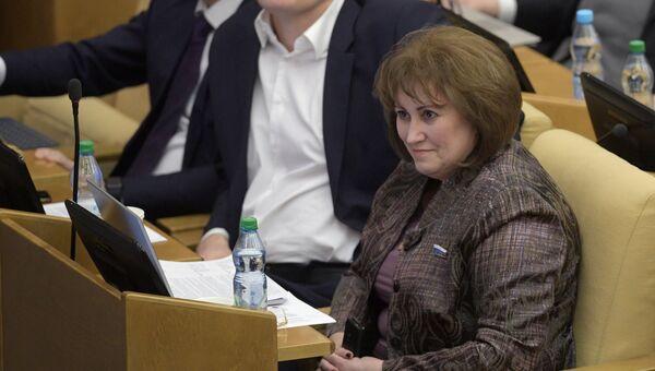 Член комитета Государственной Думы по бюджету и налогам Вера Ганзя на пленарном заседании Государственной Думы РФ. Архивное фото