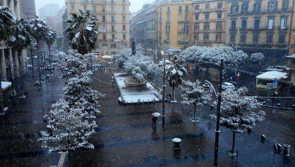Снег в Неаполе, Италия. 27 февраля 2018