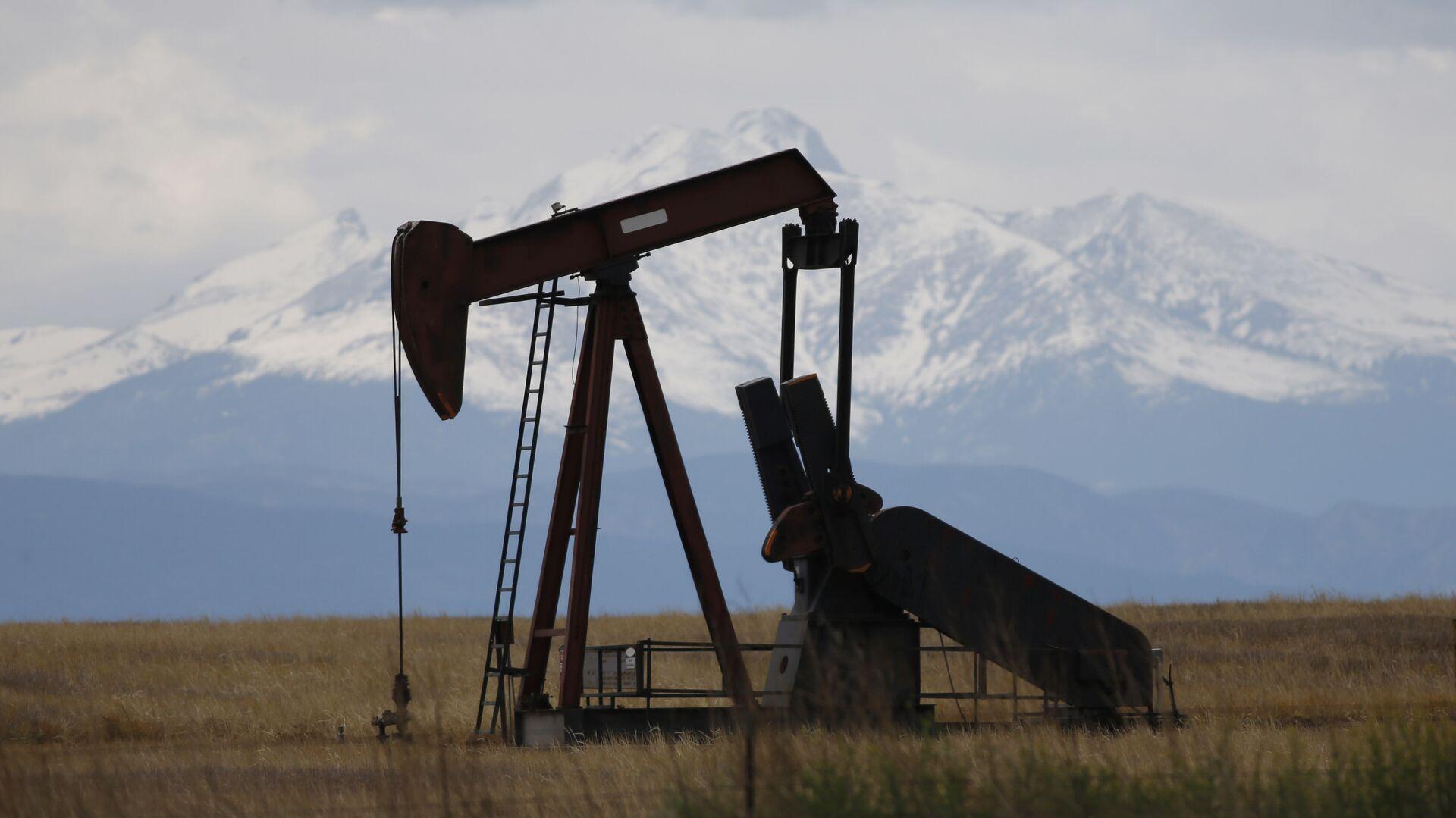 Добыча сланцевой нефти в Колорадо, США - РИА Новости, 1920, 25.06.2020