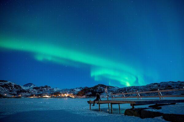 Северное сияние на Лофотенских островах, в Бостаде, Северная Норвегия