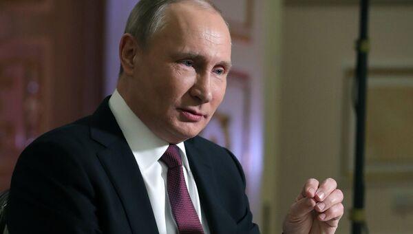 Президент РФ Владимир Путин дает интервью журналисту американского телеканала NBC Мегин Келли в Кремле. 1 марта 2018