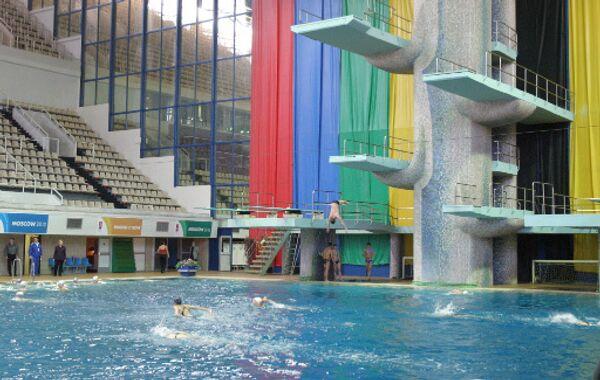 В бассейне спорткомплекса Олимпийский. Архив