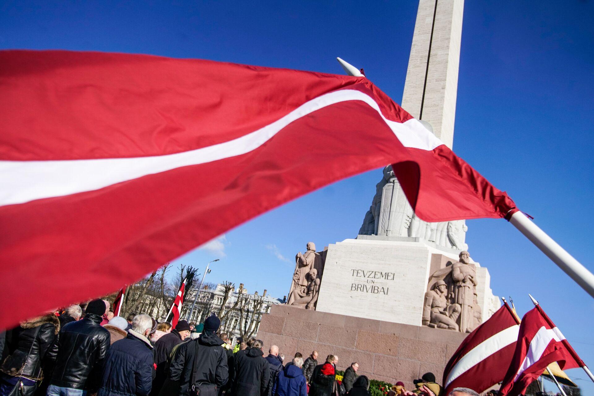 Участники марша бывших латышских легионеров Ваффен СС и их сторонников у памятника Свободы в Риге - ПРОФИ Новости, 1920, 22.01.2021