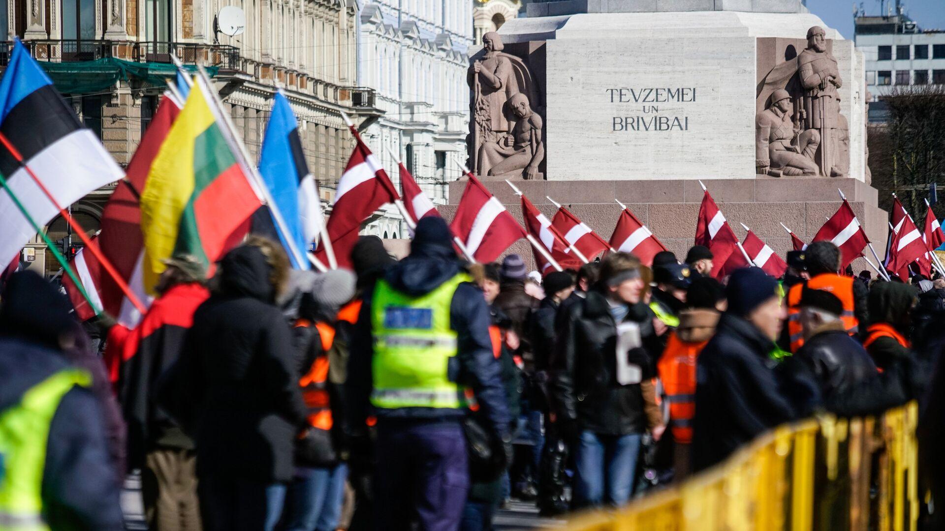 Марш бывших латышских легионеров Ваффен СС в Риге - РИА Новости, 1920, 16.09.2020