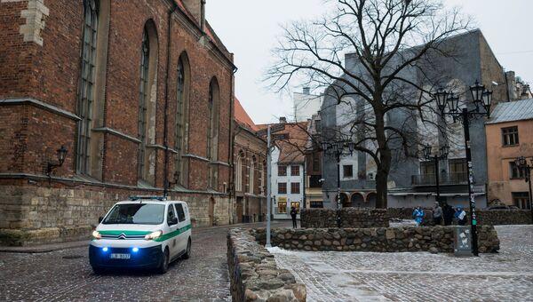 Машина полиции на улице Старой Риги. Архивное фото.