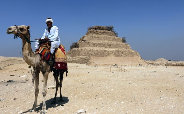 Ступенчатая пирамида Джосера в Саккаре. Архивное фото