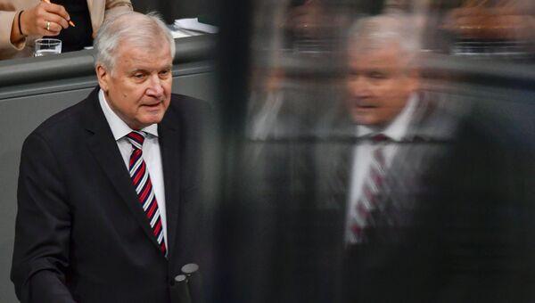 Председатель баварской партии ХСС Хорст Зеехофер. Архвиное фото.