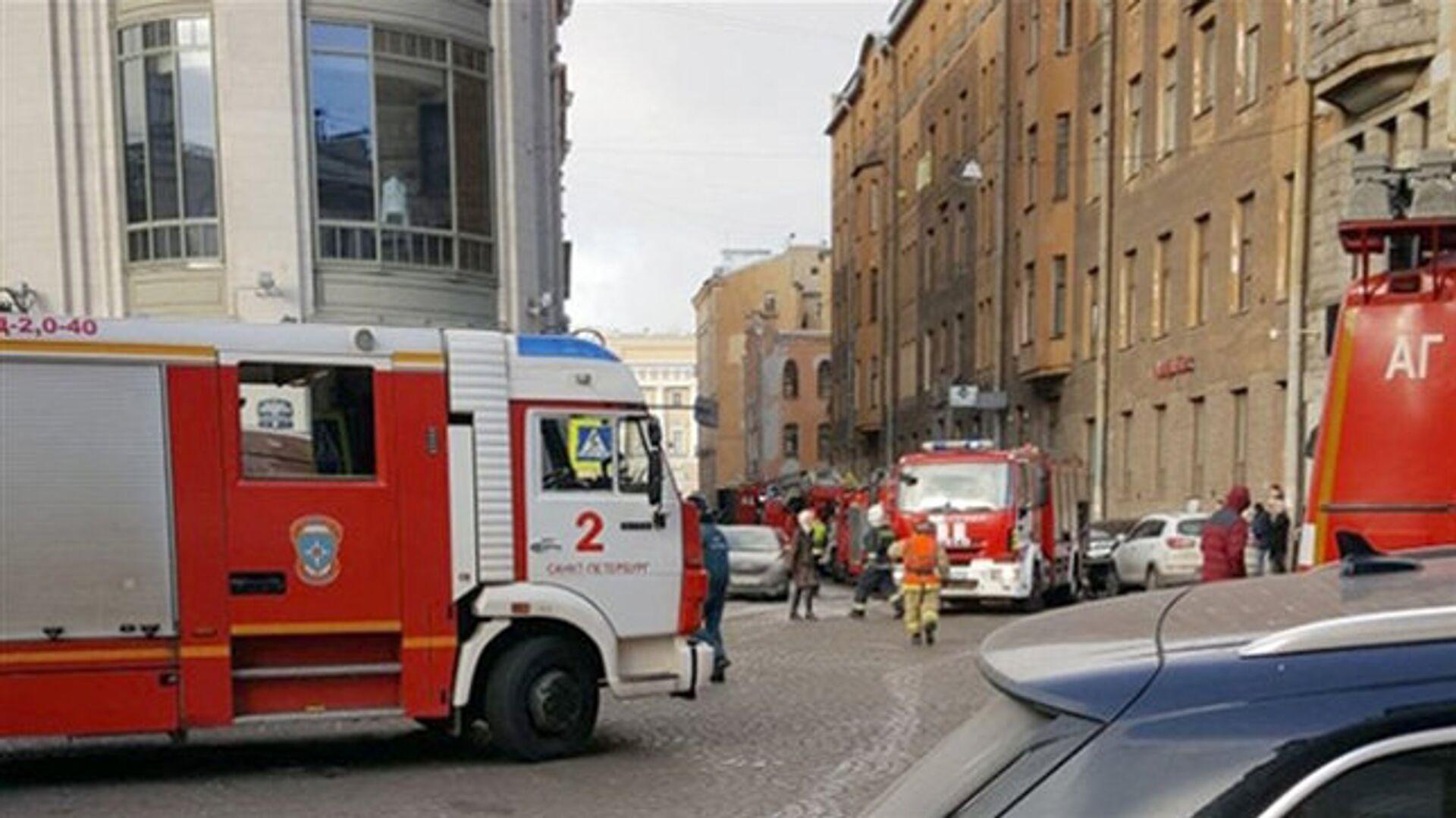 Пожар в частном доме в новой Москве ликвидировали