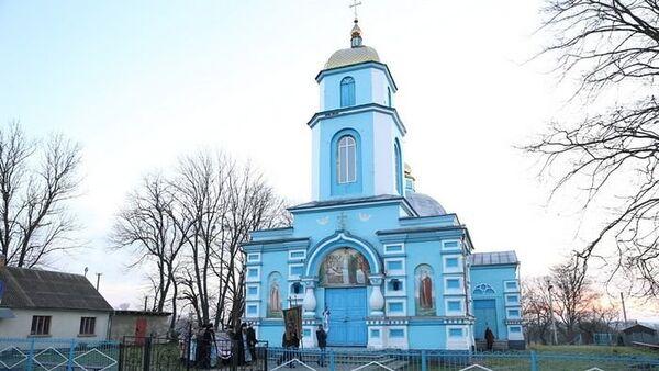 Свято-Успенский храм в селе Птичья Ровенской области