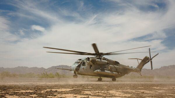 Вертолет корпуса морской пехоты CH-53E