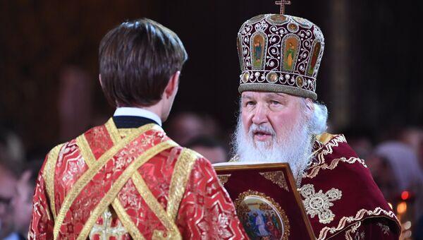 Патриарх Московский и всея Руси Кирилл на праздничном пасхальном богослужении в храме Христа Спасителя.