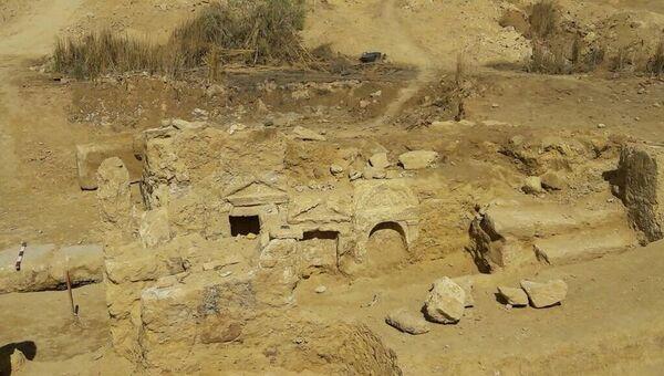 Археологические раскопки в районе оазиса Сива