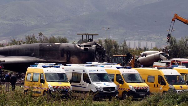 Место крушения алжирского военного самолета Ил-76 на авиабазе Буфарик. 11 апреля 2018
