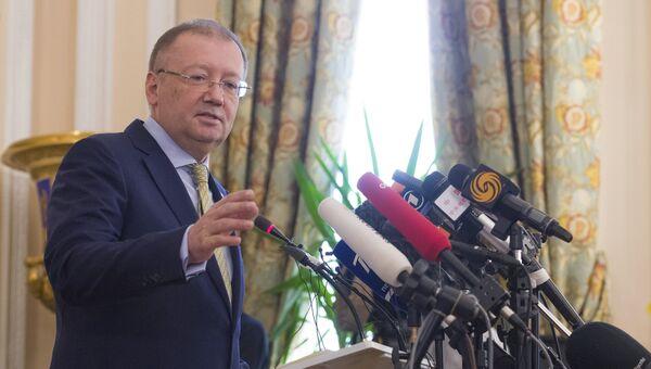 Посол РФ в Великобритании Александр Яковенко. Архивное фото