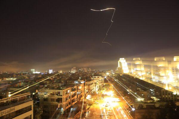 Официальный Дамаск незамедлительно потребовал осудить агрессию стран Запада. Россия после произошедшего созывает экстренное совещание СБ ООН.