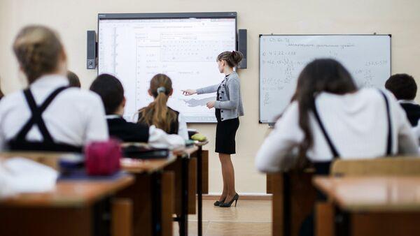 Школьники Ростова приняли участие в экологическом проекте Вода и здоровье