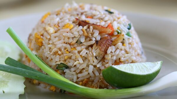Блюдо из жареного риса