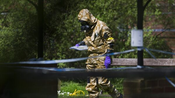 В Солсбери приступили к очистке связанных с делом об отравлении Скрипалей мест