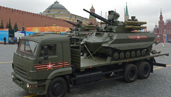 Роботизированный комплекс Уран-9 на генеральной репетиции военного парада на Красной площади