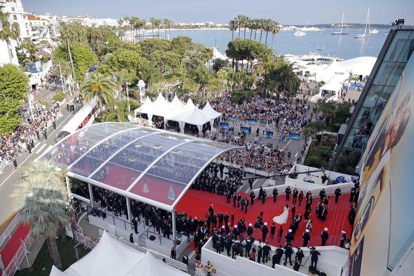 Красная дорожка церемонии открытия 71-го Каннского международного кинофестиваля