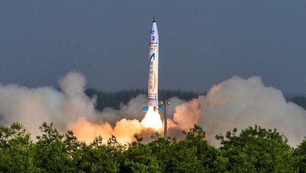 Испытание первой коммерческой ракеты фирмы OneSpace Technology, Китай. 17 мая 2018