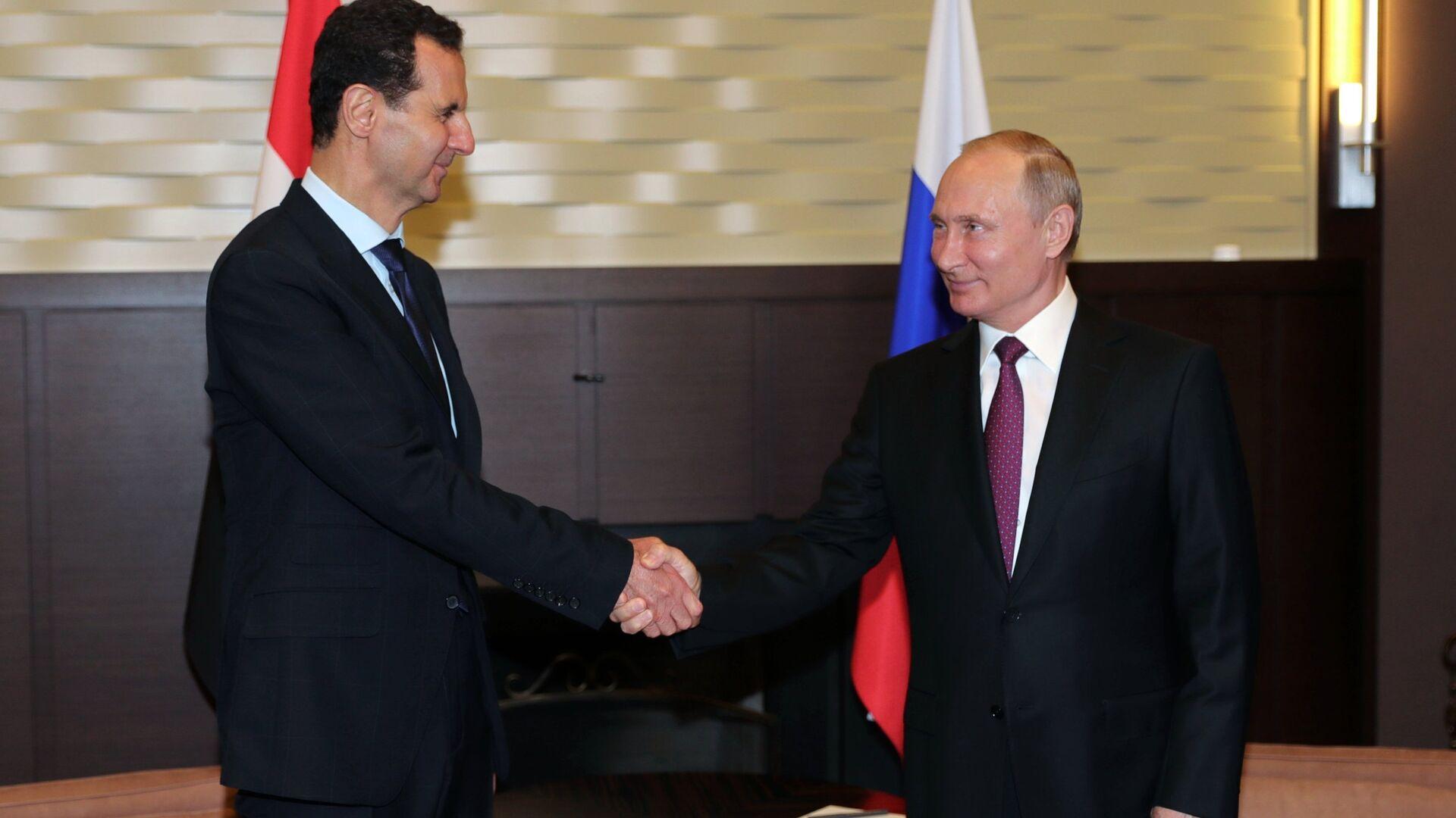 Президент РФ Владимир Путин и президент Сирии Башар Асад - РИА Новости, 1920, 14.09.2021