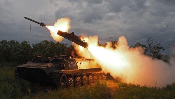 Стрельбы из зенитно-ракетного комплекса Стрела-10. Архивное фото