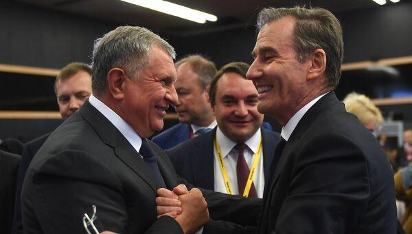 Игорь Сечин и Айван Глазенберг на Петербургском международном экономическом форуме. 25 мая 2018