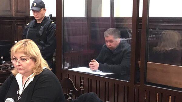 Заседание в Центральном районномй суде Кемерово об избрании меры пресечения начальнику ГУМЧС по Кузбассу Александру Мамонтову. 26 мая 2018