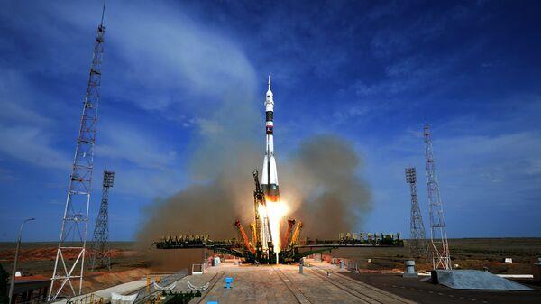 Пуск ракеты-носителя Союз-ФГ с пилотируемым кораблем Союз МС-09 со стартового стола первой Гагаринской стартовой площадки космодрома Байконур. 6 июня 2018