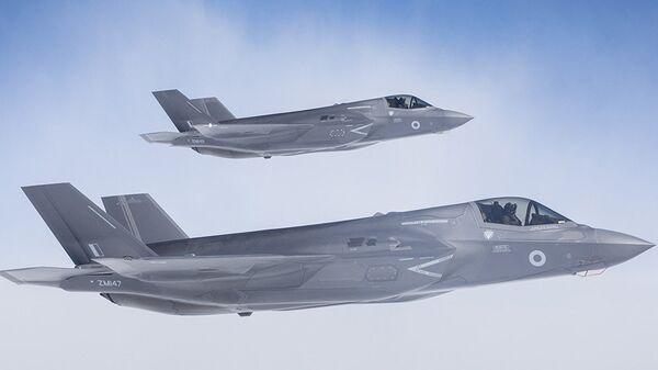 Истребители-бомбардировщики F-35 Lightning. Архивное фото