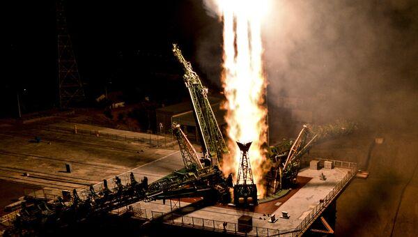 Пуск ракеты-носителя Союз-ФГ с пилотируемым кораблем Союз МС-06