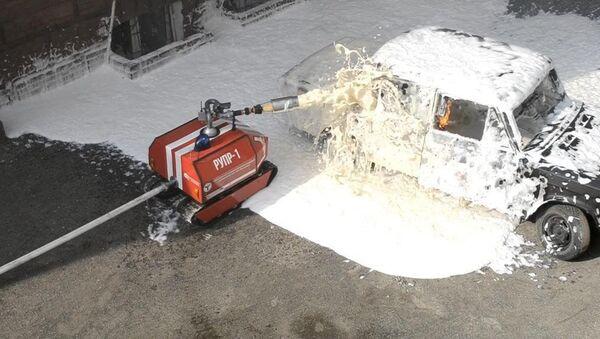 Уникальный радиоуправляемый робот-пожарный