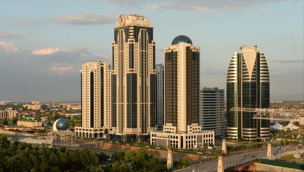 Вид на здания высотного комплекса Грозный сити в Грозном. Архивное фото
