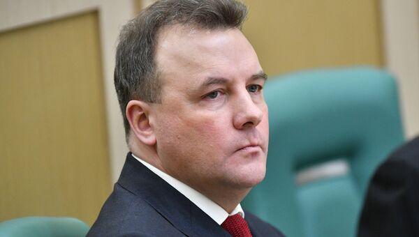Полномочный представитель президента РФ в Совете Федерации РФ Артур Муравьев