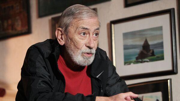 Певец Вахтанг Кикабидзе