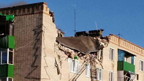 Последствия взрыва газа в жилом доме в городе Заинск в Татарстане. 22 июня 2018