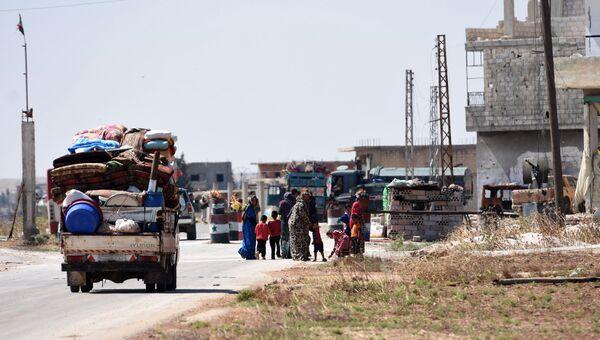 Мирные жители возвращаются в свои дома в Сирии. Архивное фото
