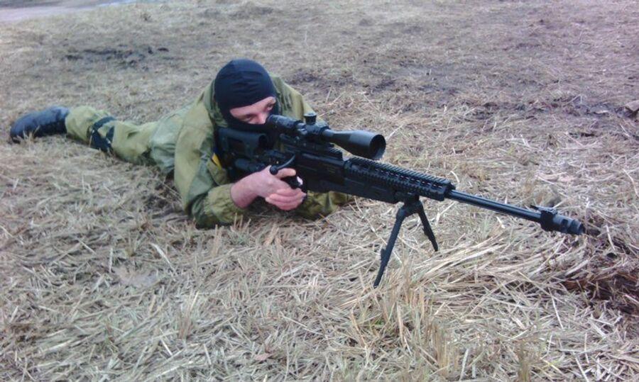 Учебно-тренировочная база полка «Азов» на территории завода «Атек», Киев. Сергей Сановский