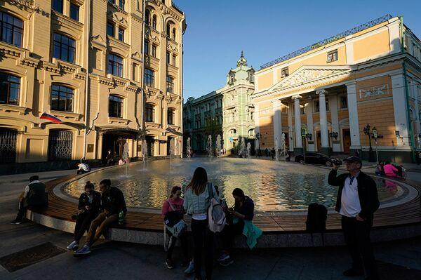 Фонтан на Биржевой площади