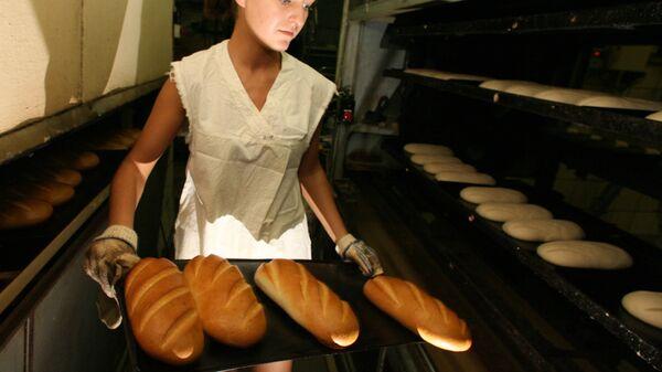 Выпечка хлеба на хлебозаводе