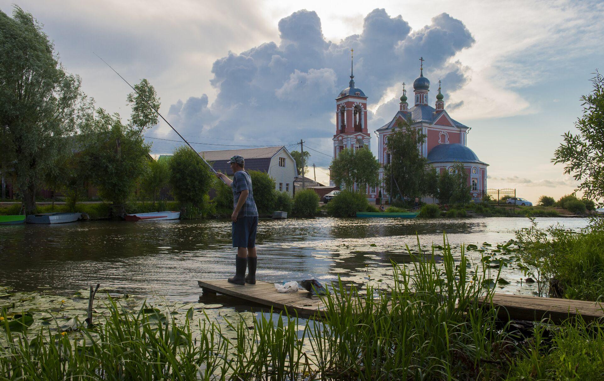 Церковь Сорока мучеников на Плещеевом озере в городе Переславль-Залесский - РИА Новости, 1920, 21.07.2021