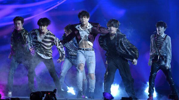 Выступление группы BTS