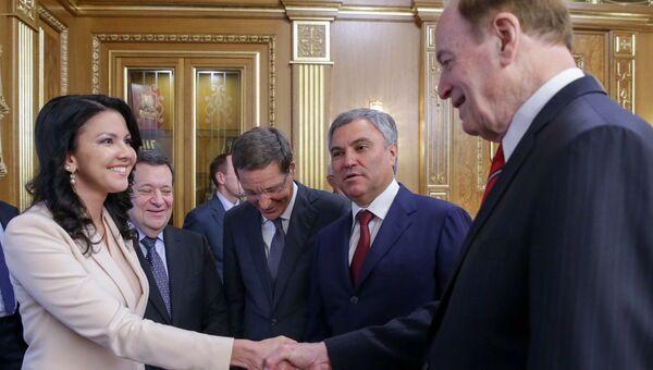 Координатор депутатской группы ГД по связям с Конгрессом США Инга Юмашева во время встречи с делегацией Конгресса США. 3 июля 2018