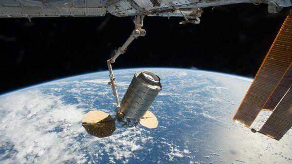 Американский грузовой корабль Cygnus отстыковался от МКС