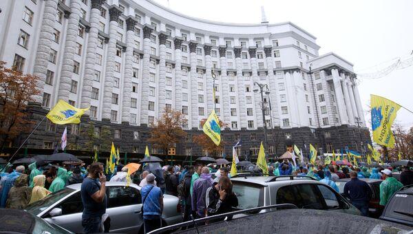 Митинг автовладельцев у здания правительства Украины. 11 июля 2018