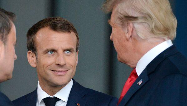 Президент Франции Эммануэль Макрон и президент США Дональд Трамп. Архивное фото