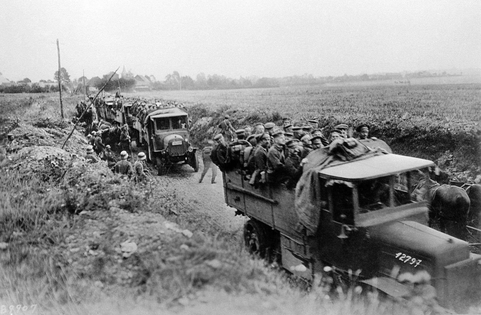 Немецкие резервисты отправляются на фронт - РИА Новости, 1920, 01.11.2020